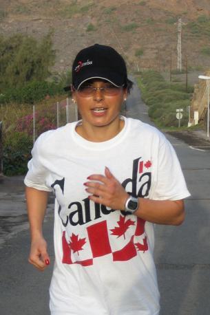 Der perfekte Trainingstag beginnt um 7.30 Uhr ... man wacht neben Deva auf und geht um Punkt 08-Hundert mit Ruth einenhalb Stunden laufen.