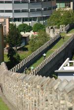 auf der chinesischen Mauer von Bellinzona