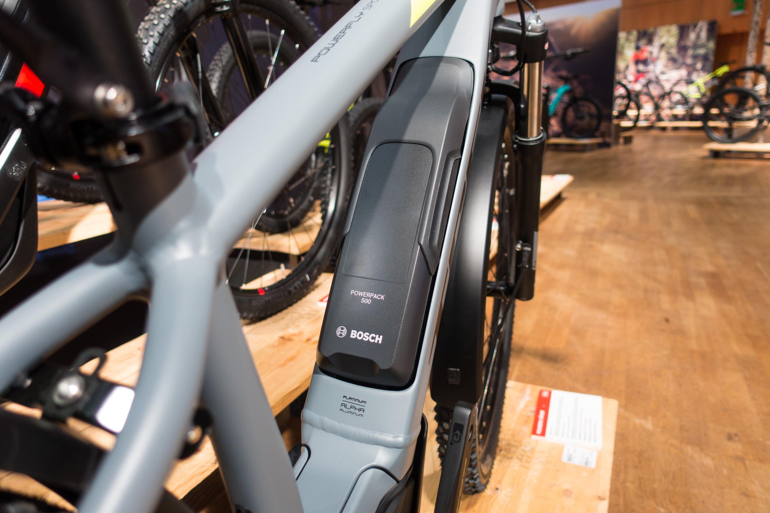 #3 Boschs ausdauernder 500-Wh-Akku verspricht lange Ausfahrten.