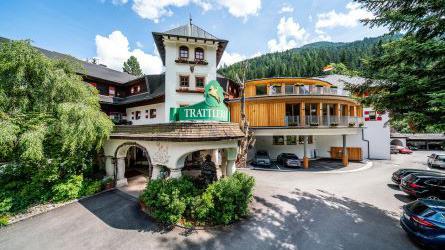HOTEL GUT TRATTLERHOF & CHALETS Gegendtalerweg 1, 9546 Bad Kleinkirchheim