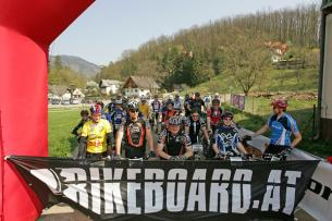 """aufregende Sekunden kurz vor dem Start der Bikeboard """"Tour of the year 2006"""""""