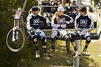 und auf Streckenbesichtigung beim Weltcup in Andorra 2008. Foto: Sven Martin/Red Bull Photofiles