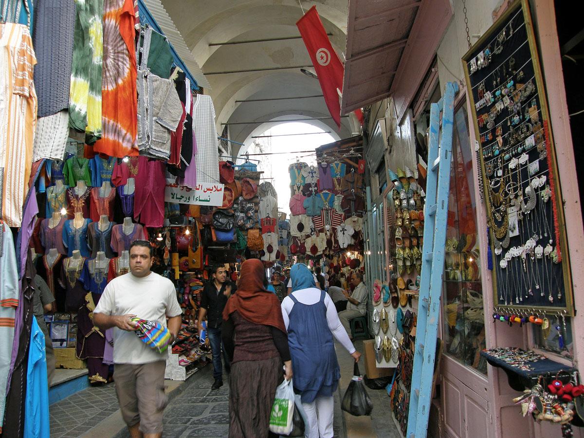 Die Medina von Tunis ist UNESCO-Weltkulturerbe und zählt zu den besterhaltenen Altstädten Nordafrikas.