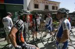 Erfahrungsaustausch am Coll de Sabber, die Langsamen sind nur Trainingspuls gefahren und die Schnellen ebenfalls nicht voll, eh wie immer.