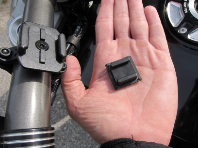 Per MicroRail Adapter wird er mit dem Phone Case kompatibel.