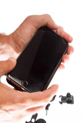 Unser IPhone 6S konnte spielend leicht, ohne jeglichen Kraftakt, in das Phone Case eingesetzt werden.