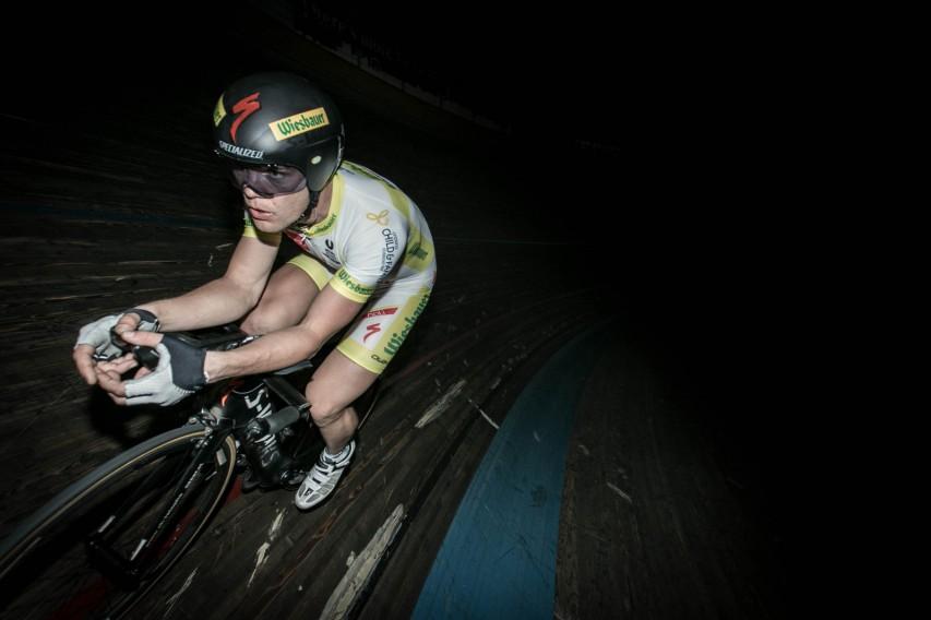 Bahnradfahren ist für den Extremsportler Neuland.