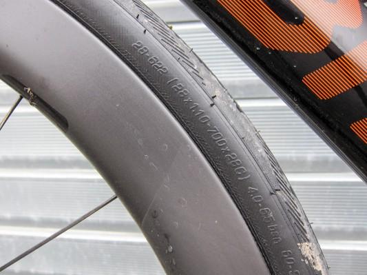 Schwalbes Tubeless Ready Reifen sollten mit 4 bis 6,5 Bar gefahren werden.