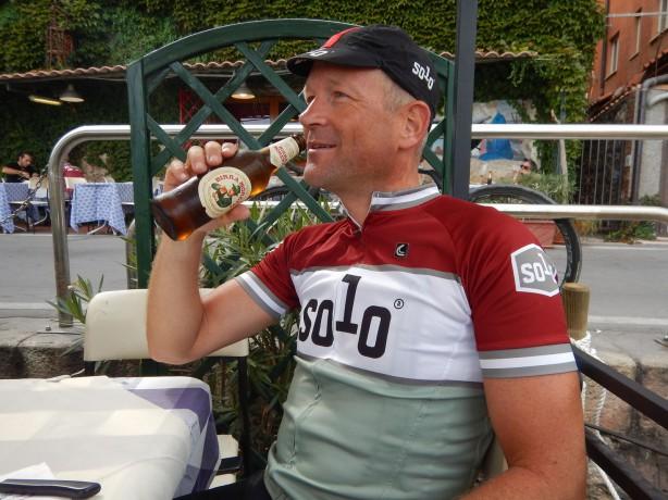 Georg Pfarl aka gpearl, wendet sich am besten hilfesuchend an dessen SchneidermeisterSolo.
