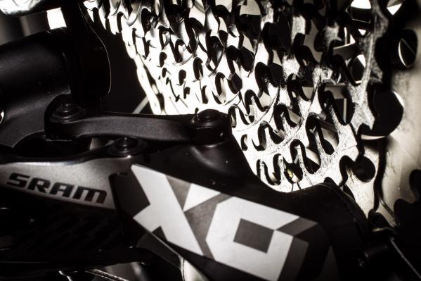 Die Kassette der X01 Eagle mit 10-50 Z Abstufung nimmt jedem Anstieg den Schrecken.