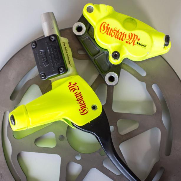 1996 entstand mit der Gustav M die berühmteste aller Scheibenbremsen, die Miniversion  einer Motorrad-Bremse.
