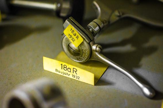 Federgabel Remote-Lockout Baujahr 1932