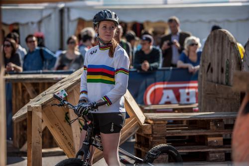 Weltranglistenpunkte gemäß UCI-Kategorie C1 und Preisgeld lockten über 50 Starter bis hin zur Weltmeisterin Nina Reichenbach nach Wien. Zusätzlich wurde ein Lauf zum ÖTSV-Cup gewertet.