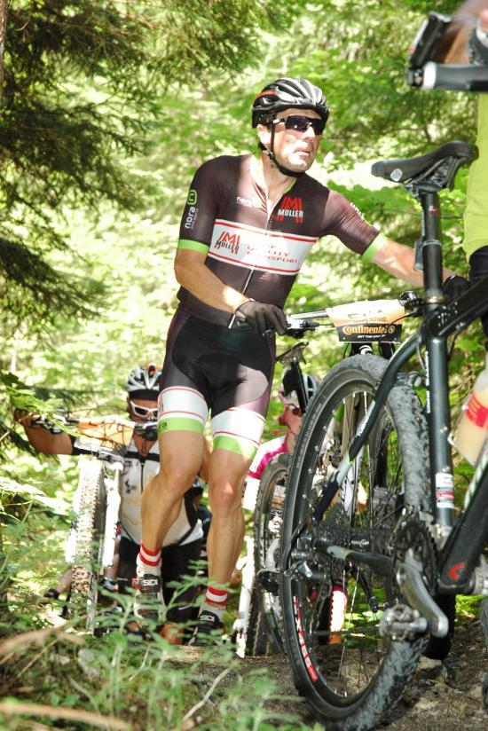 Georg Schwabs Achillesferse ist das Gehen ? mit ein Grund, warum sein Comeback als Behindertensportler 2013 schwierig war. Heuer am Plan: 120 km.