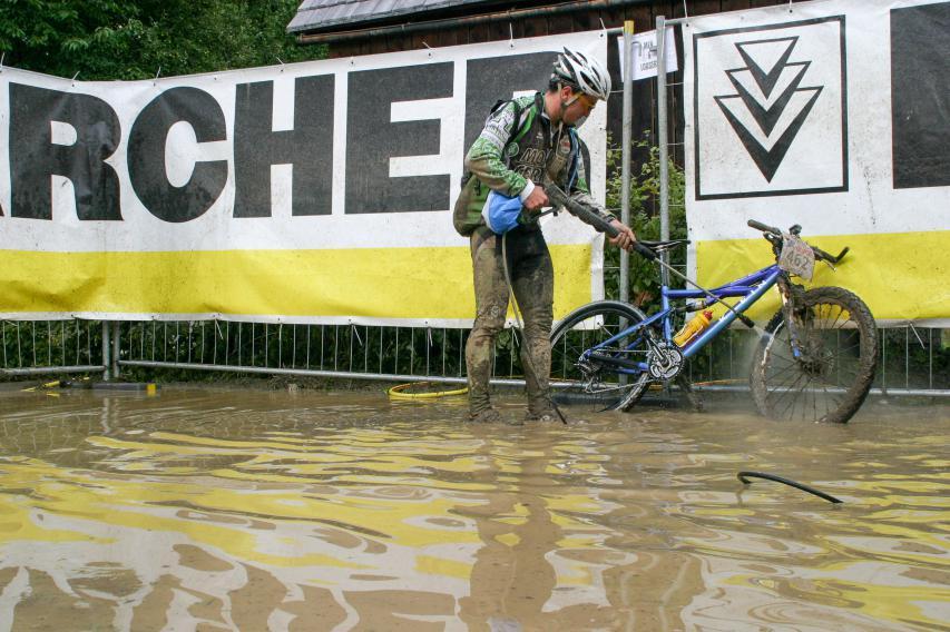 und wie es sich Stunden später für die Hobby-Biker darstellte.