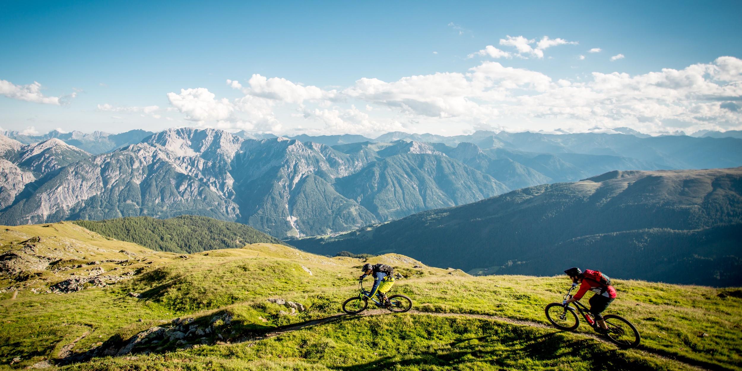 Biken zwischen Großglockner und Dolomiten