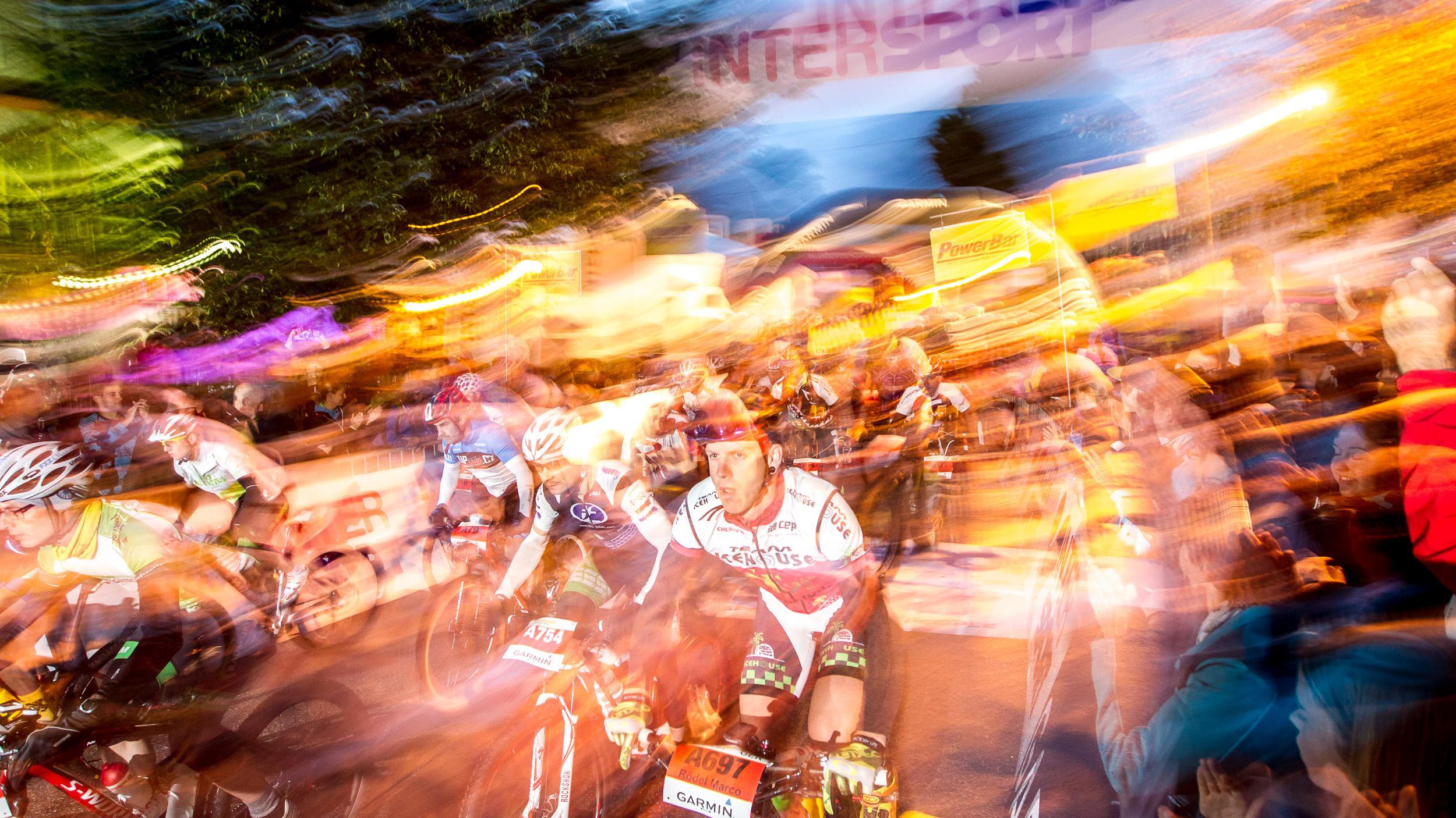 Wenn um 5 Uhr morgens das Rennen startet (Foto: A-Start 2014)