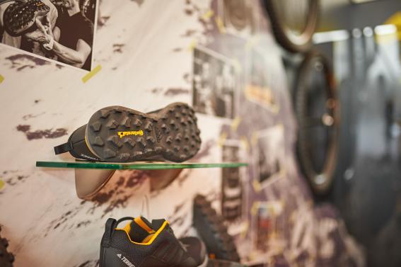 Contis Mountain King-Profil kommt auch am neuen Adidas Terrex CMTK Schuh zum Einsatz.