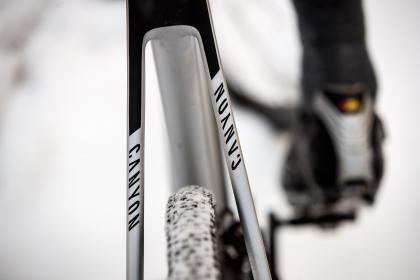 Canyon Inflite CF SLX 9 0 Test Review
