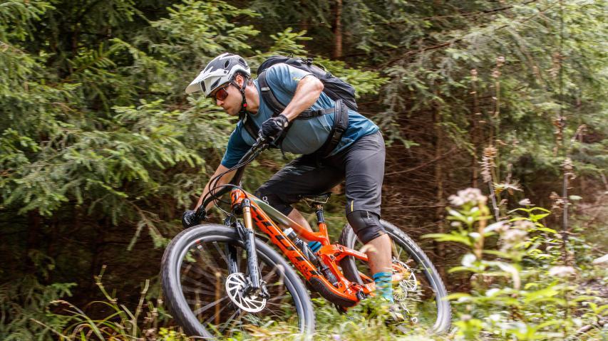 First Ride: Scott Ransom 2019 Carbonrahmen, freie Wahl der Laufradgröße und 170 mm Federweg - Scott bringt das Ransom zurück & wir sind es bereits gefahren.