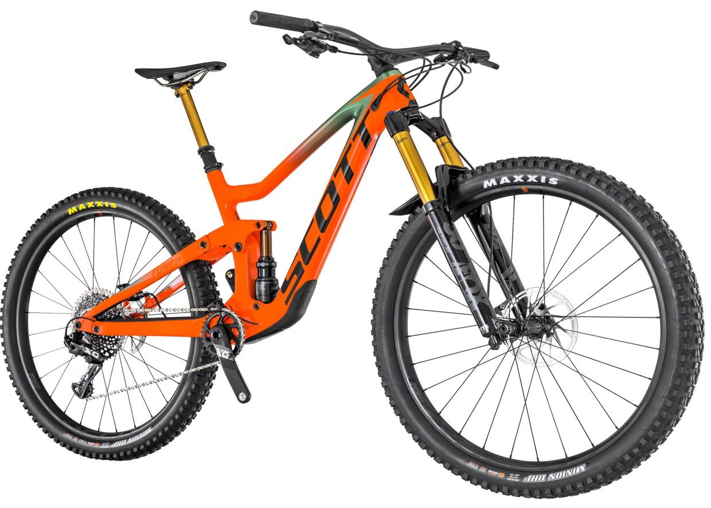 Neben dem von uns getesteten Topmodell Ransom 900 Tuned (€ 7.499), welches auch als 700er Variante verfügbar sein wird, finden sich auch noch weitere Modelle im Katalog von Scott.