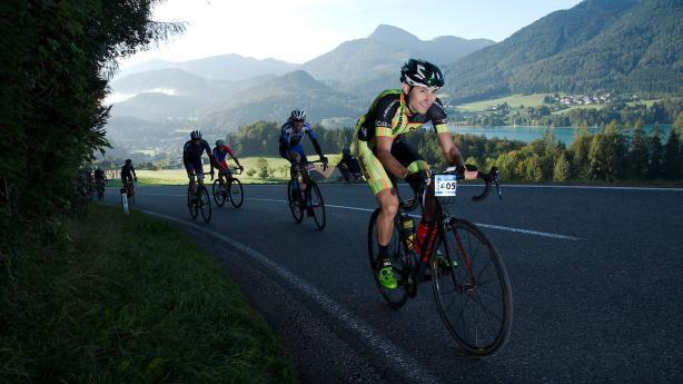 Eddy Merckx Classic 2018 Bildbericht Der Radmarathon in der Fuschlseeregion endete 2018 mit der spannendsten Entscheidung in seiner zwölfjährigen Geschichte: Sprintsieg mit 0,4 Sekunden Vorsprung!