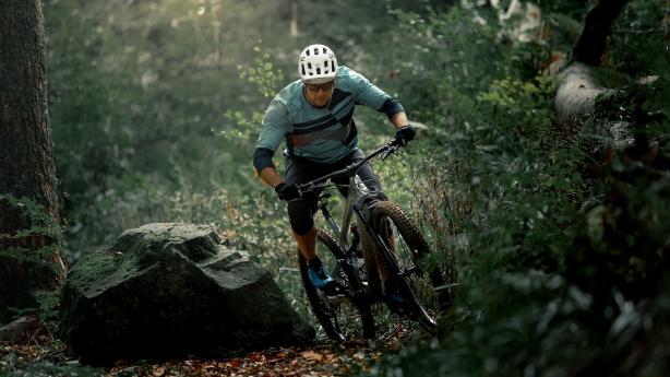 Cannondale Habit 2019 Trailbike für schnelles Auf und verspieltes Ab. Das komplett überarbeitete Habit geht in die zweite Runde.