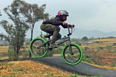 Am Pumptrack des Lesotho Sky Teams