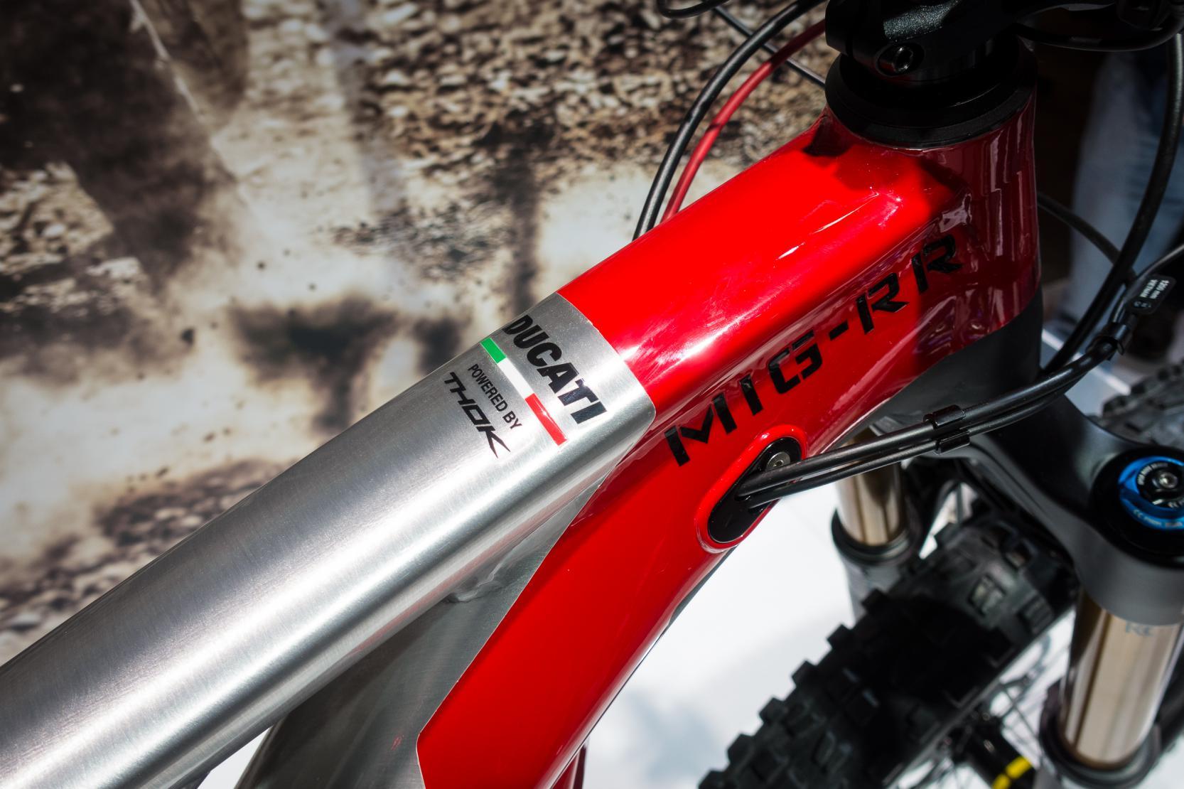 """#4 """"Powered by Thok"""": Ducati macht keinen Hehl daraus, von wem das Know-How stammt."""