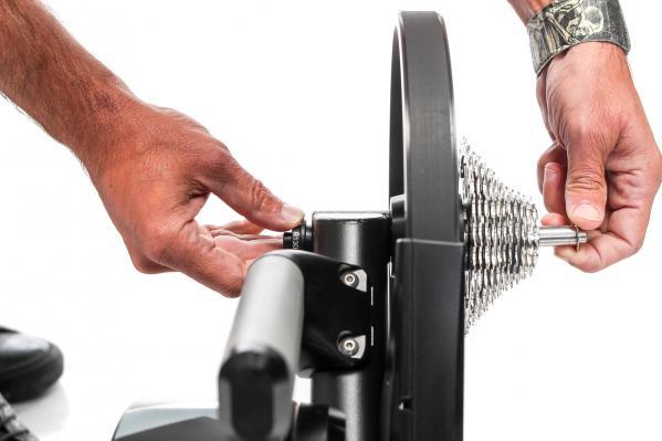 Schnellspanner-Adapter für 130/135-Millimeter-Hinterbauten