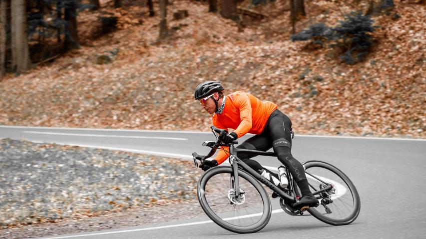 Rose RC Fifty DiscVersender Rose hat längst nicht nur preislich wie technisch attraktive Fahrräder im Programm. Auch schnelle Laufräder finden sich im Katalog des Bocholter Versenders.