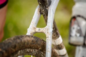 Kurzer Reifen-Vergleich nach 300 m Morast:
