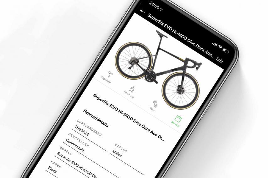 Cannondale AppDie neue App verbindet den Fahrer mit dem Rad und seinen kompatiblen Sensoren wie dem Wheel Sensor, um deren Daten auszulesen und zu speichern. Zusätzlich können über das Smartphone mehrere Bikes verwaltet, Manuals heruntergeladen oder beispielsweise detaillierte Serviceerinnerungen übermittelt werden.