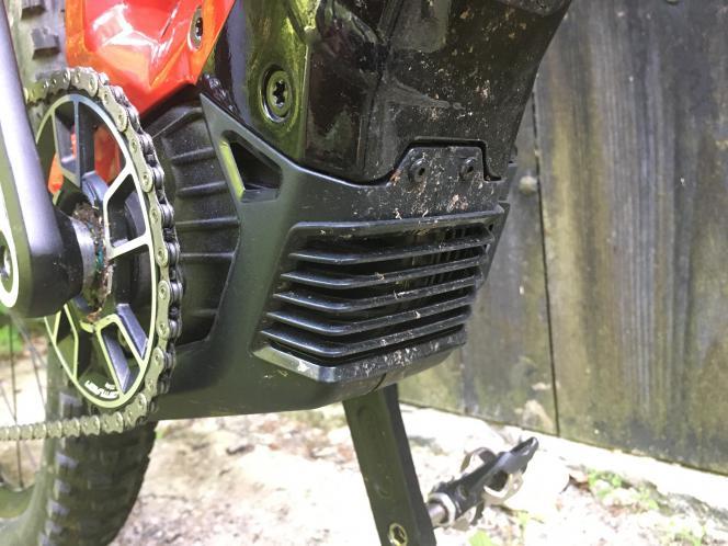 Centurion belüftet den Motor zusätzlich.