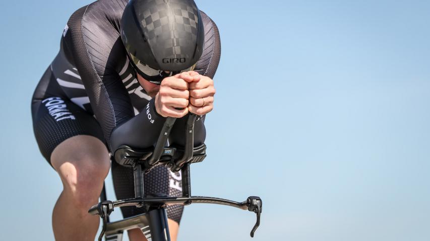 Test: Vision Metron TFA Carbon Snakebite ZeitfahrlenkerBesonders variable und ergonomische Zeitfahrlenkereinheit zum Aufbau bzw. zum Nachrüsten semiintegrierter TT- und Triathlon-Bikes.
