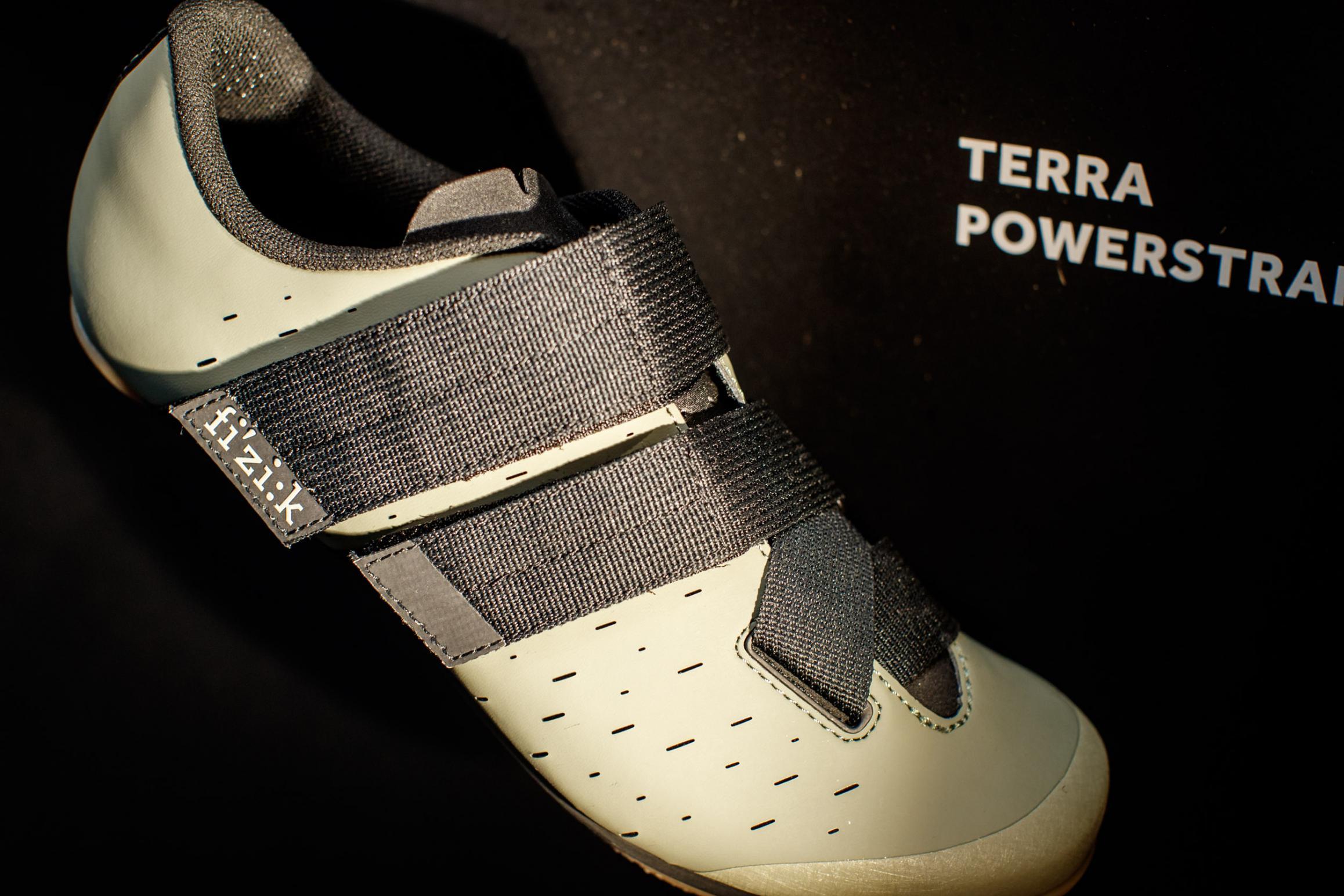 Terra Powerstrap X4X4 Nylon Außensohle, 292 g (42,5), Größen 36-47, drei Farben