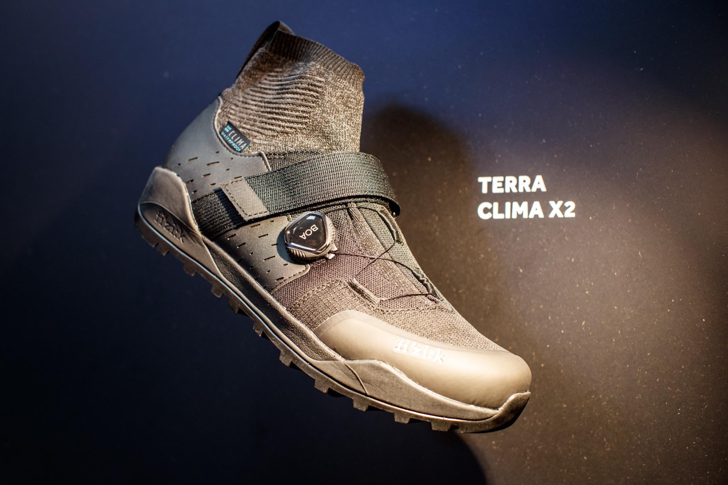 Terra Clima X2 Nylonsohle, 414 g (42,5), Größe 36-48, zwei Farben