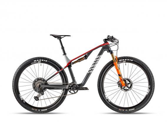 Lux CF SLX 9.0 Team - 6.499 Euro