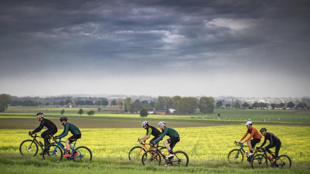 Sportful Fiandre und (Super)Giara 2020Herbst- und Frühjahrsspecial mit Sporful - außergewöhnliches Monochrom inklusive.