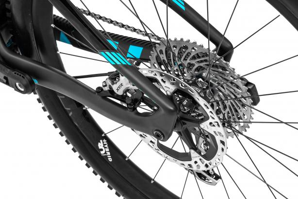 Shimano XTR liefern am RR SL auch für ein 20 kg-E-Bike feine Verzögerung.