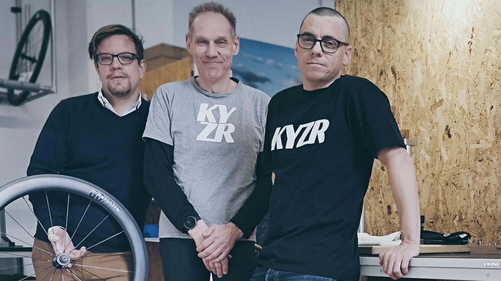 Felgen und Naben aus Taiwan, Speichen aus Belgien, von Hand aufgebaut in Berlin und direkt zu den Kunden - das Erfolgskonzept hinter KYZR.