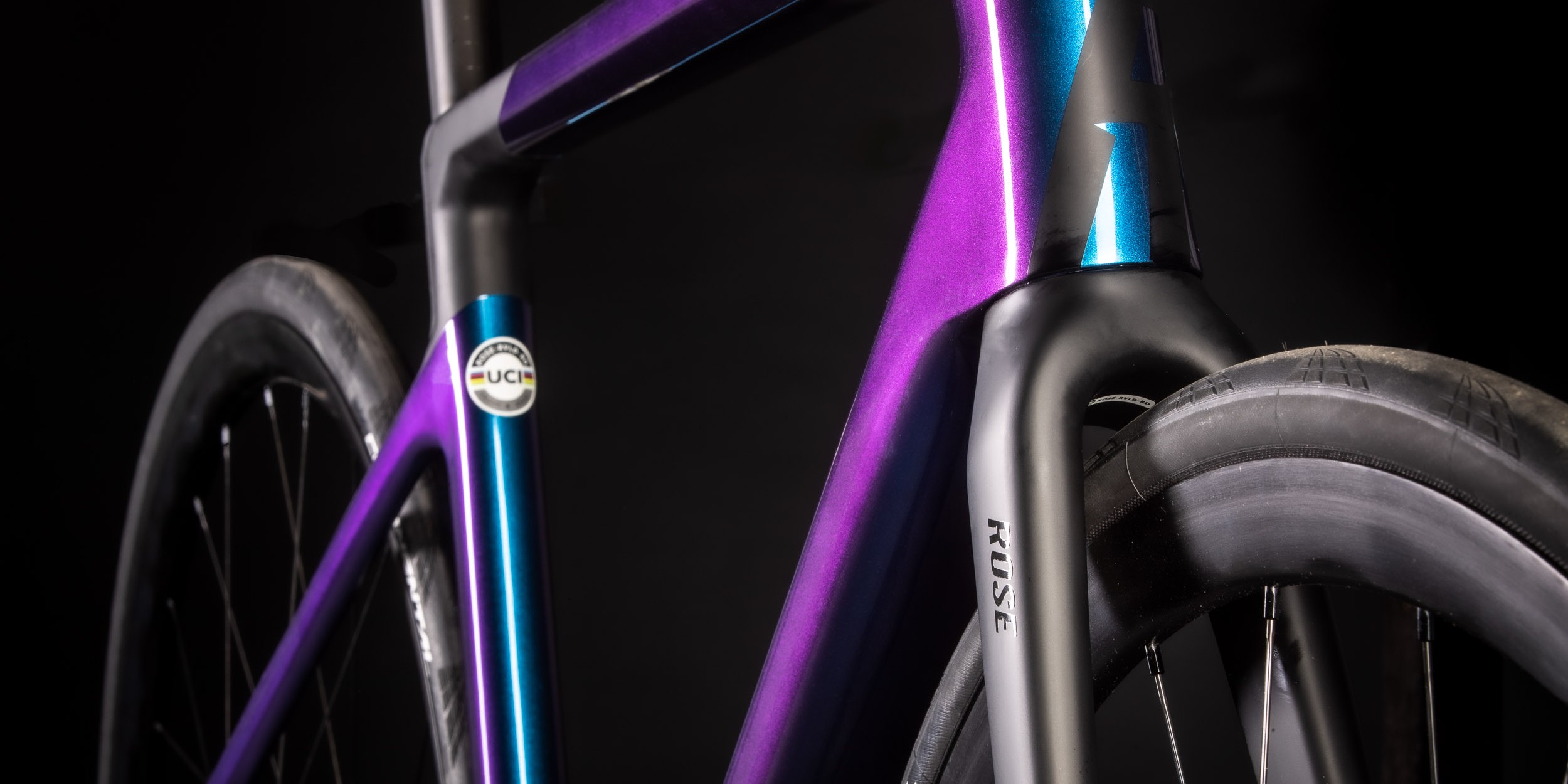 Rose Reveal Four Disc Force eTap AXS Showroom
