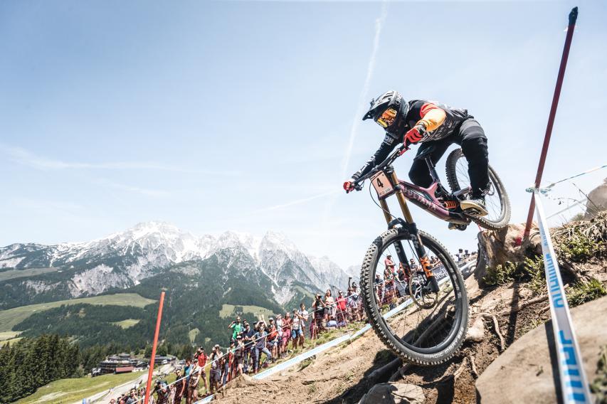 Downhill-WM in Leogang: Später und mehr.