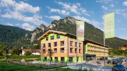 EXPLORER HOTEL BAD KLEINKIRCHHEIM Dorfstraße 24, 9546 Bad Kleinkirchheim