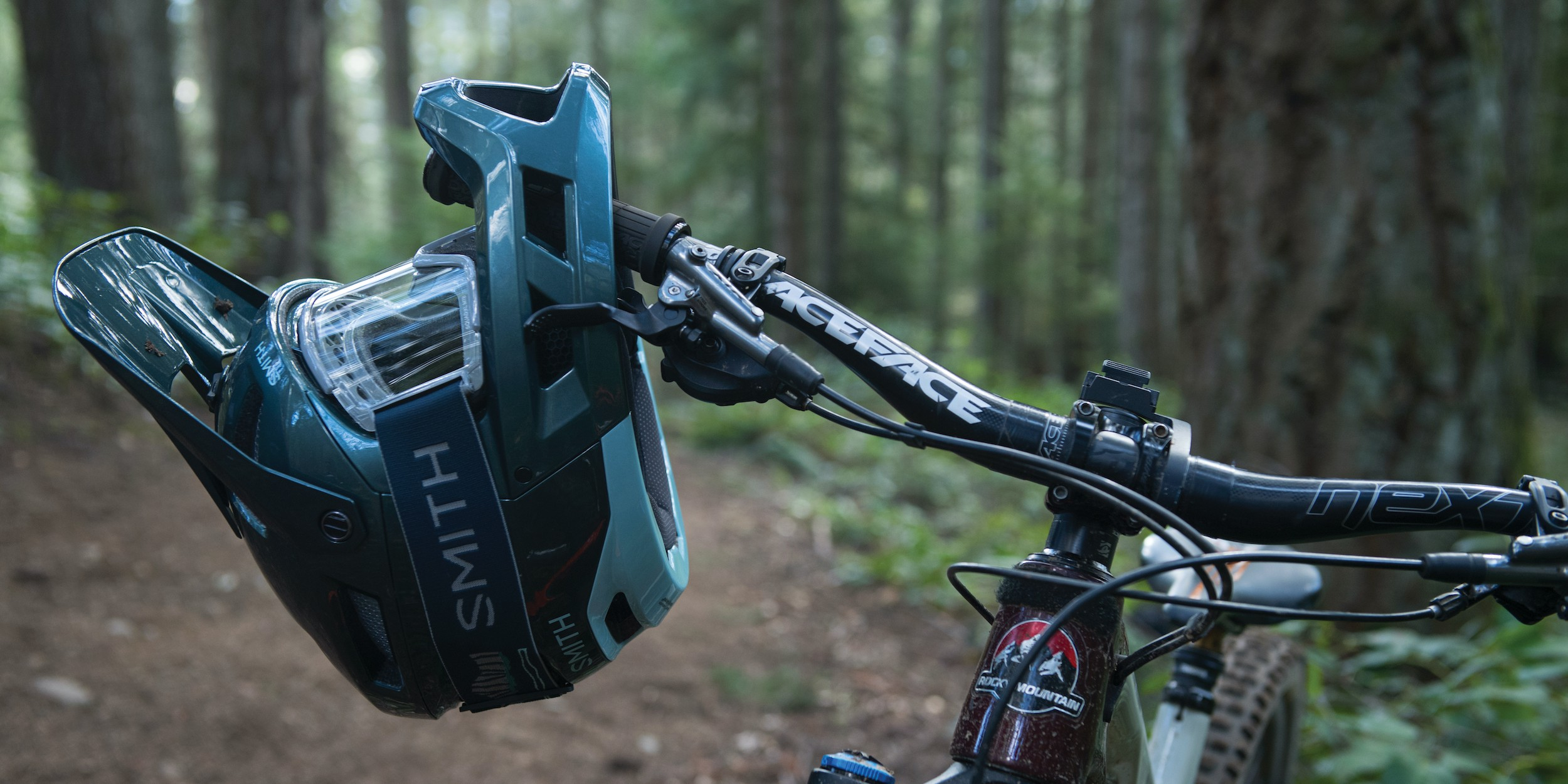 Smith Mainline MIPS Helm