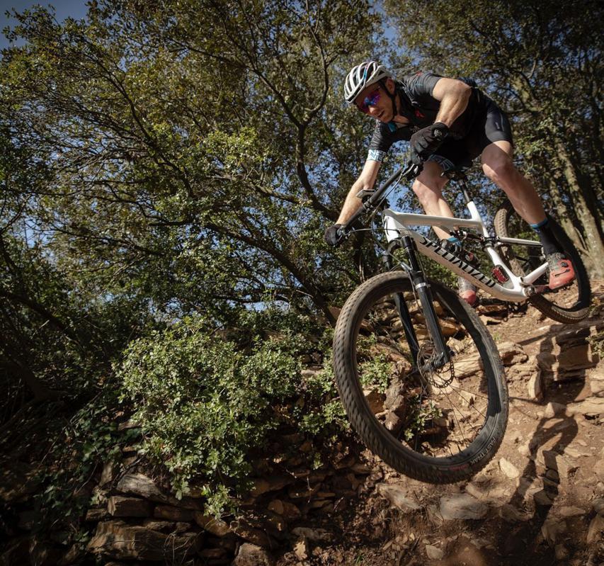 Jason McDonald (Senior XC Platform Engineer) wissen nicht nur, wie man Räder baut, sondern auch artgerecht bewegt.