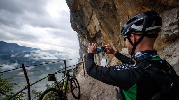 Salzkammergut Trophy Individuell 2020 - BildberichtSport ist, wenn man's trotzdem tut und Trophy ist, wenn man's trotzdem macht. Österreichs größter MTB-Marathon tröstet mit einem alternativen Rennformat übers Corona-Jahr.