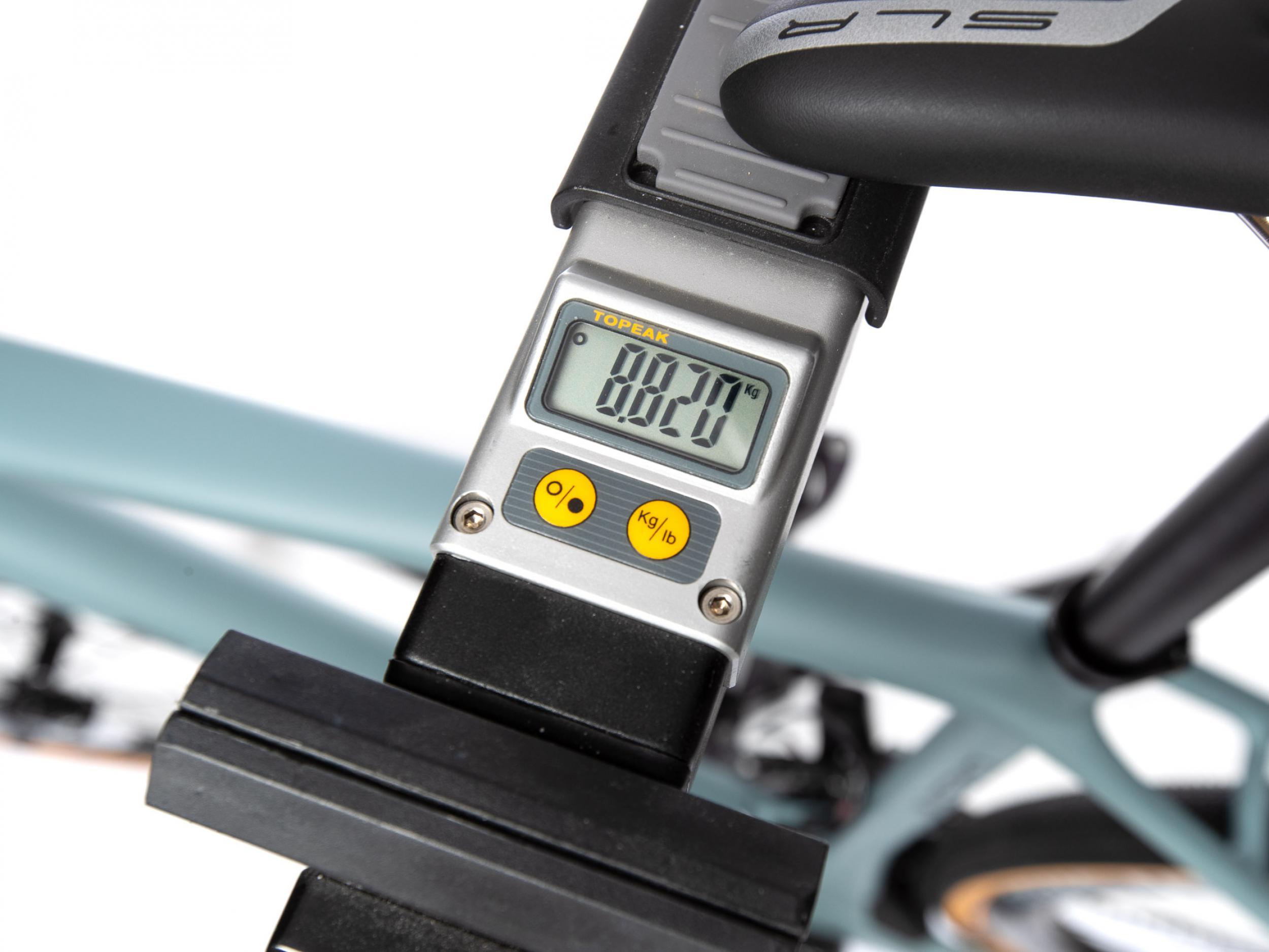 Das Gesamtgewicht mit 8,82 kg ist angesichts des robusten Gesamtpakets recht niedrig