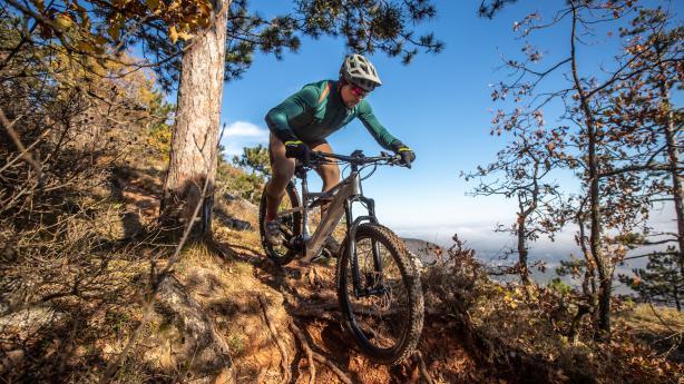 KTM Macina Lycan 271 GloriousWendiger Begleiter mit klassischer Geometrie für Touren zwischen Almen, Wald und Winkelwerk.