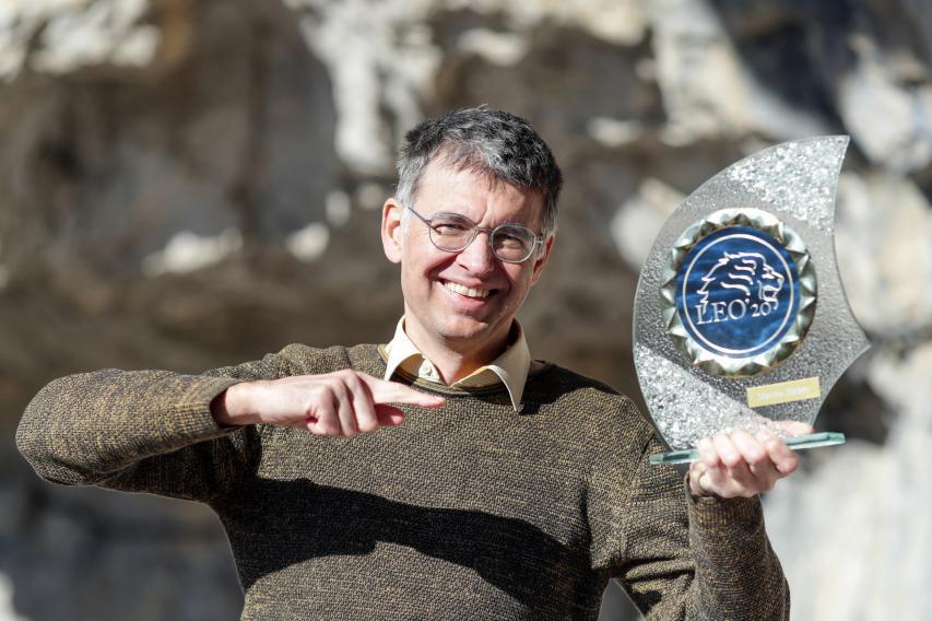 ... überreichten Trophy-Initiator Martin Huber den Goldenen Leo.
